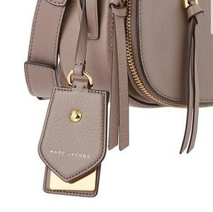 Marc Jacobs  pocketbook tag in mink NWT